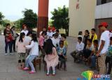 安徽大学支教团与留守儿童进行文艺大比拼