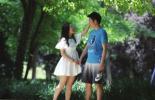 毕业恋曲:相恋四年后,他们携手出国深造