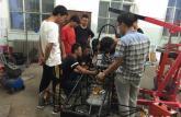 内蒙古大学生自制方程式赛车 百公里提速仅需5秒