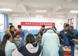 巢湖学院青协开展巢湖志愿在行动之关爱环卫工人活动