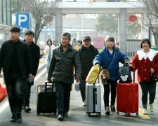 就业新选择 亳州工业学校迎来春季新生入校