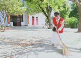 巢湖学院化材学院青协开展感恩母情节情系养老院活动