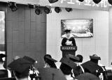 引起热议的小龙虾学院首届学生毕业 就业率100%