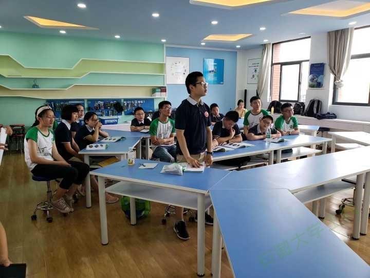 安徽师范大学科普志愿团队——科普进课堂,兴趣培梦想