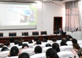 亳州工业学校主题教育形势报告阐释不忘初心内涵