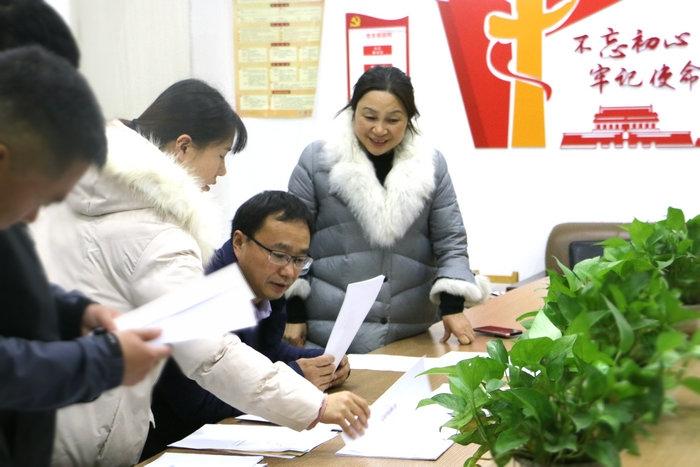 亳州市教育局资助中心为亳州幼师附属幼儿园传经送宝助推幼儿资助工作