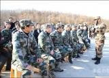 滁州学院组织军事打靶训练开展国防教育