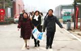 亳州幼师附属幼儿园走访慰问退休教师 送去新春的祝福