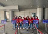 安庆工业学校志愿者助力中考体育考试