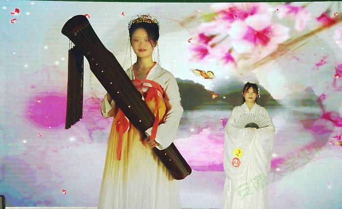 亳州工业学校第五届服装文化艺术节盛大开演