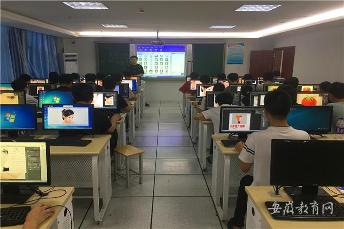 工业学校考核11.jpg
