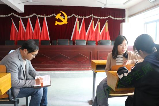 """巢湖学院工商管理学院赴柘皋镇开展""""一院一镇一品""""推进会"""