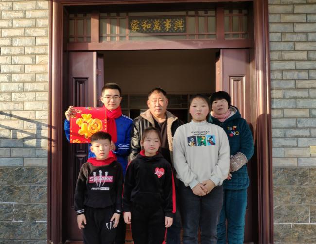 """蚌埠医学院大学生携手留守儿童共度""""美好假期"""""""