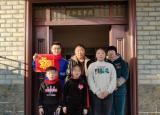 蚌埠医学院大学生携手留守儿童共度美好假期
