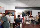 亳州学院美术系开展夕阳红敬老献爱心活动