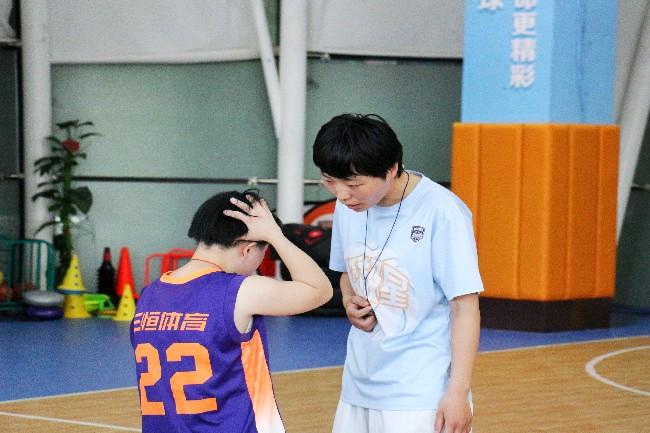 安徽学子三下乡:开展运动课程,守护唐宝健康