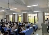 铜陵学院会计学院开展暑假留校学生慰问活动